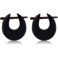 ORGANIC HORN EARRINGS PAIR